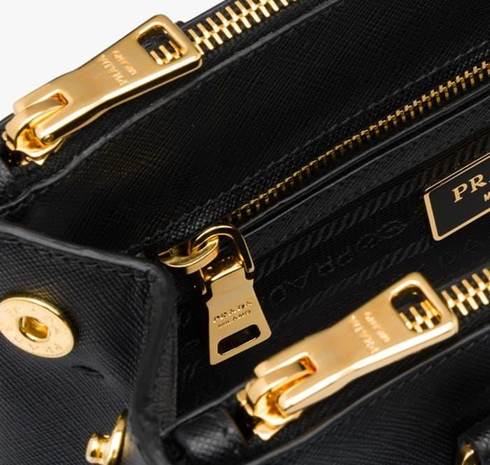 Zipy na originální kabelce